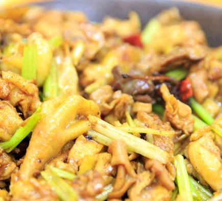 楓哥香滿天黃燜雞米飯