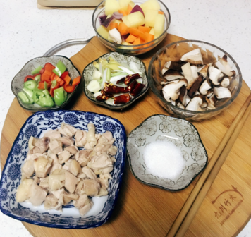 皖玉香黄焖鸡米饭