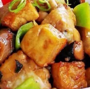 石油城黄焖鸡米饭