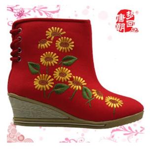 梦回唐朝老北京布鞋加盟图片