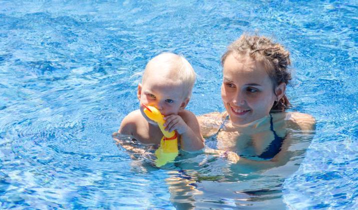 花朵儿婴儿游泳馆加盟