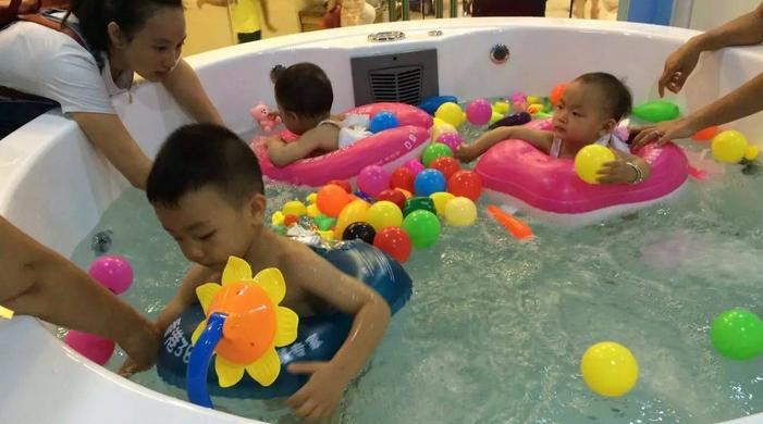 优家宝贝婴儿游泳馆加盟