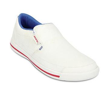 crocs帆布鞋加盟图片