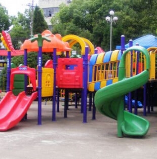 快乐梦想城儿童乐园加盟图片