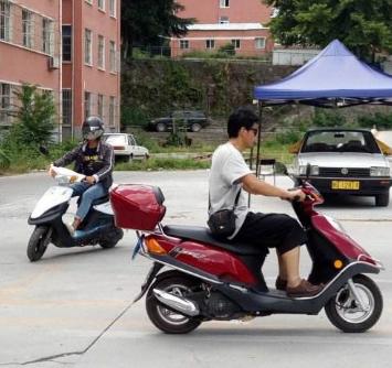 上海摩托车驾校加盟图片