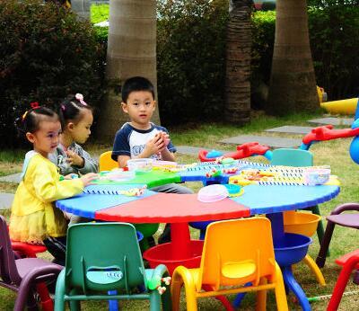 小花朵儿童乐园