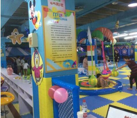 栋梁儿童乐园加盟图片
