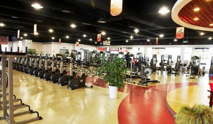 加盟一个健身房多少钱