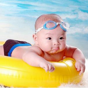 親娃嬰兒游泳館