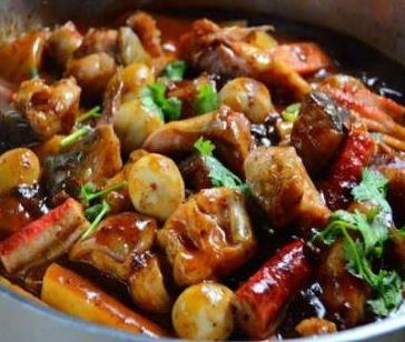 红番茄焖锅加盟图片