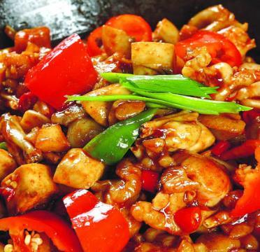 烹享干锅焖锅加盟图片