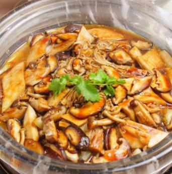 杜家鸡焖锅加盟图片