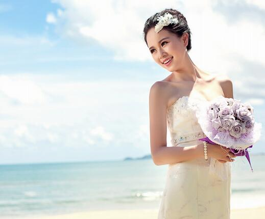 艾特婚纱加盟图片