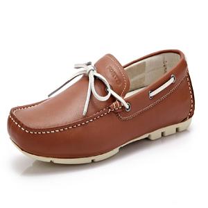 富铤男鞋加盟