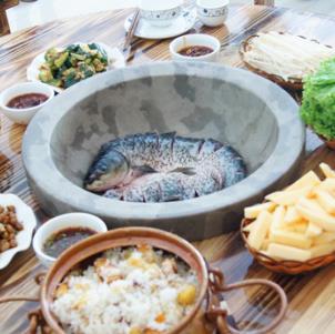 蒸汽食代新蒸汽石锅鱼加盟