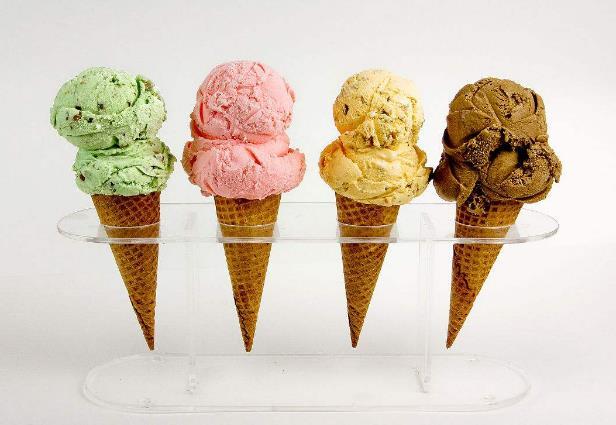 巴菲冰淇淋甜筒