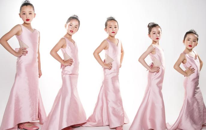 幼儿教育 儿童俱乐部 u生代小童星艺术加盟    1,全新模式 快乐经营