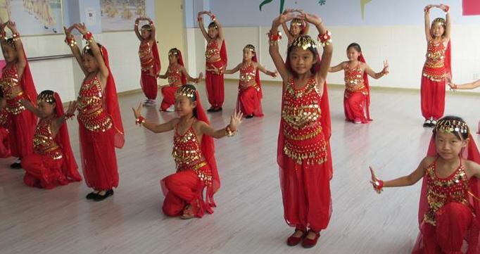 女王部落融合舞蹈培训加盟