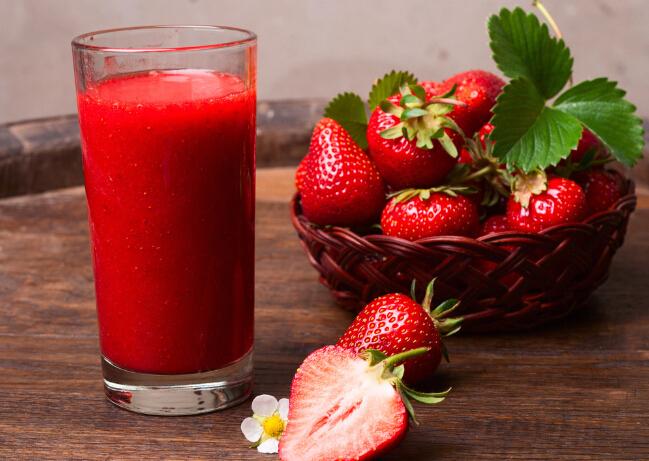 水果先生鲜榨草莓汁