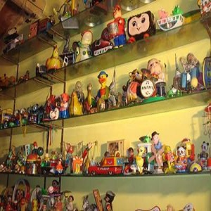 稀奇古怪玩具店