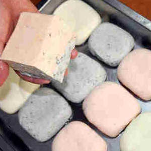 豆立方彩色豆腐
