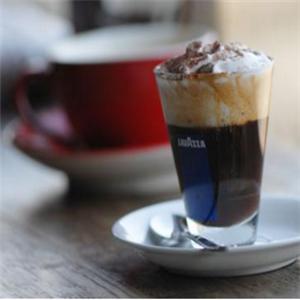浪漫咖啡茶饮加盟