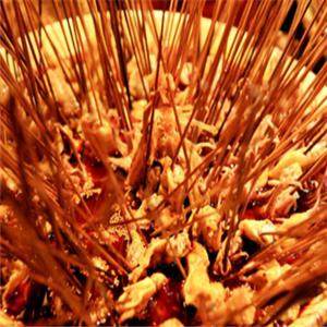 捞巴适砂锅串串香