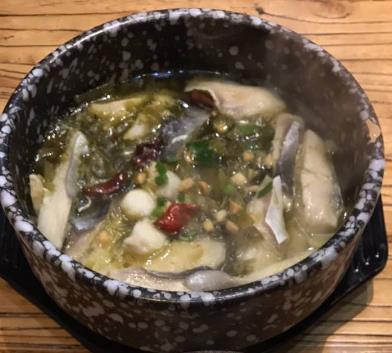 渝(yu)萬吉(ji)酸菜魚米飯