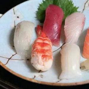 鮮品萃mini回轉壽司加盟