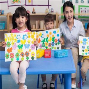 富力桃园幼儿园加盟图片