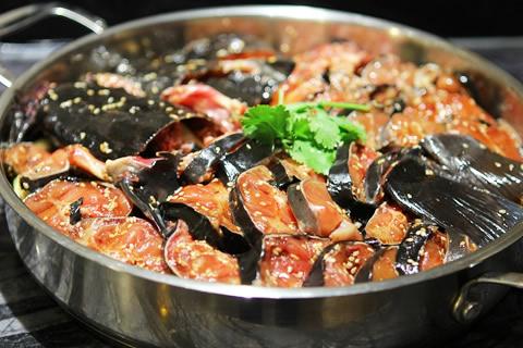 黑鱼焖锅展示
