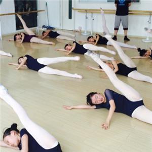 阿昆舞蹈加盟图片