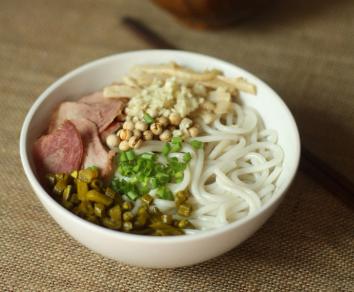 好食汇砂锅米线加盟