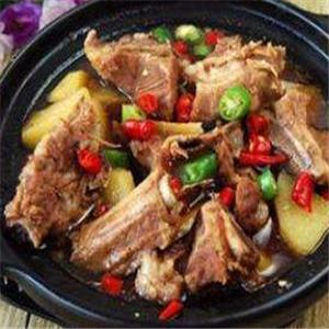 黄焖鸡排骨米饭加盟
