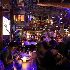 胡桃里餐厅