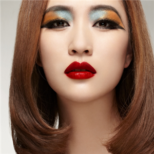 天姿化妆美容美发培训