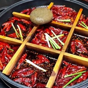 周漁府魚火鍋