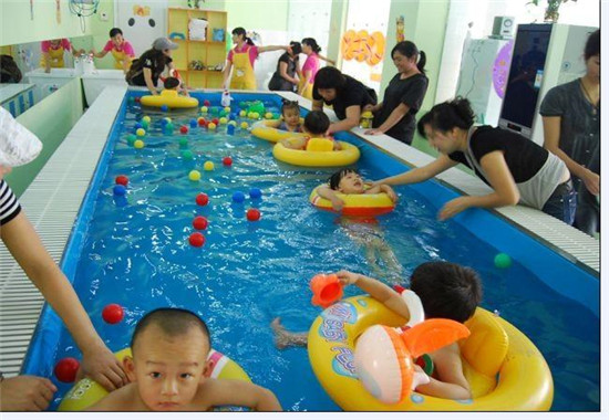 泳池环境展示