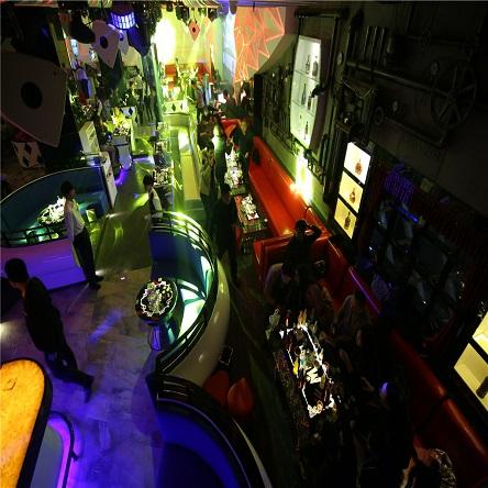 迷空酒吧加盟图片