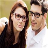黃益靜眼鏡