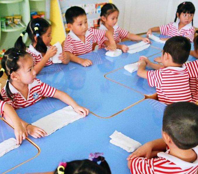 七彩星球国际艺术幼儿园加盟图片
