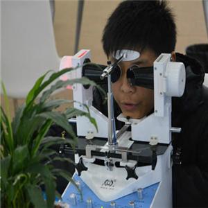 宝瞳视力矫正中心加盟图片