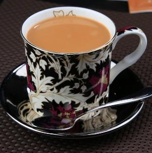 萝蜜奶茶铺