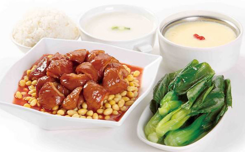 客必乐中式快餐,深受消费者好评