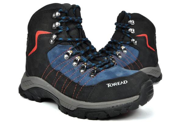 探路者登山鞋