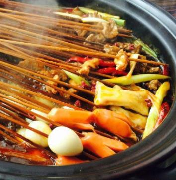 酒鲜特色火锅串串加盟图片
