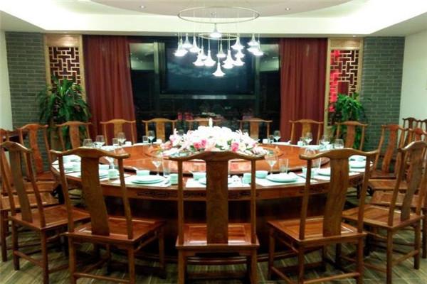 东兴酒店加盟