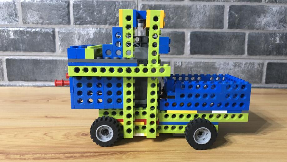樂益達機器人產品展示加盟