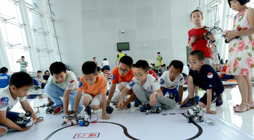 樂益達機器人活動加盟