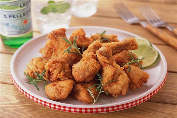 176℃炸鸡排产品种类众多